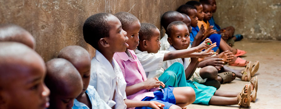 African-children-in-school-in-Kenya