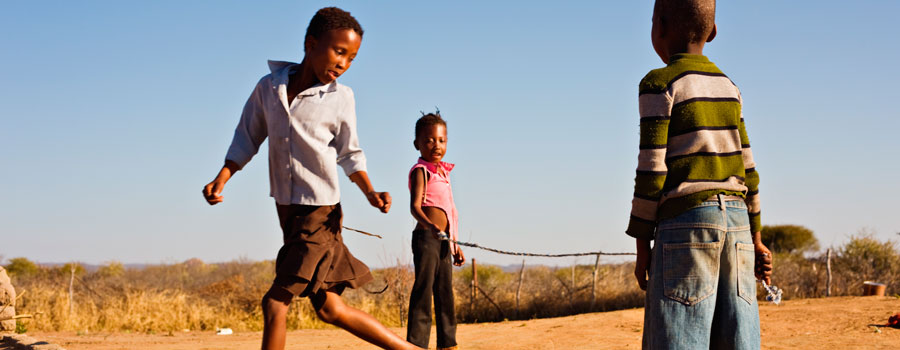 African-children-jumping