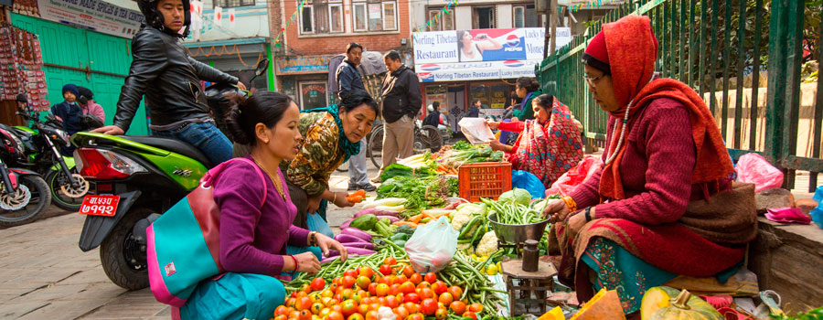 street-vendor-in-historic-center-of-Nepal